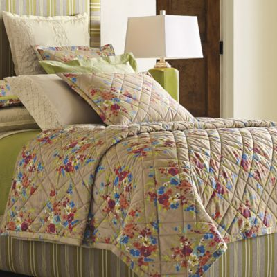 Lucy Quilt & Shams image 1