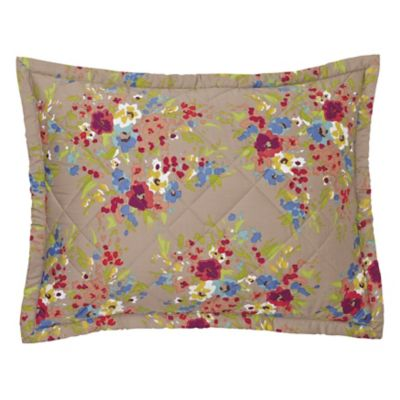 Lucy Quilt & Shams image 2
