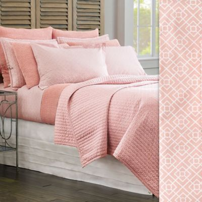 Diamond Lattice Quilt & Shams image 1