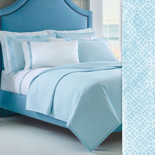 Diamond Lattice Quilt & Shams