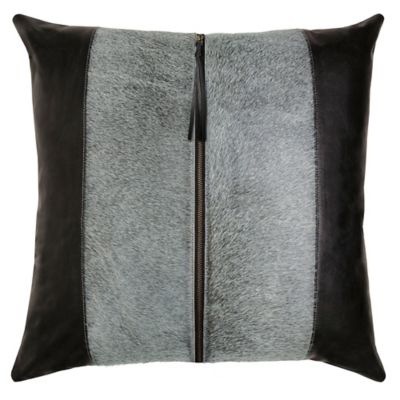 Tanner Pillow image 1