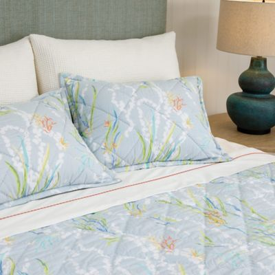 Reef Quilt & Shams image 1
