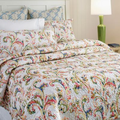 Freesia Quilt & Shams image 1